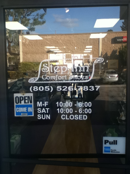 Storefront Window Vinyl Lettering Spectracolor In Simi