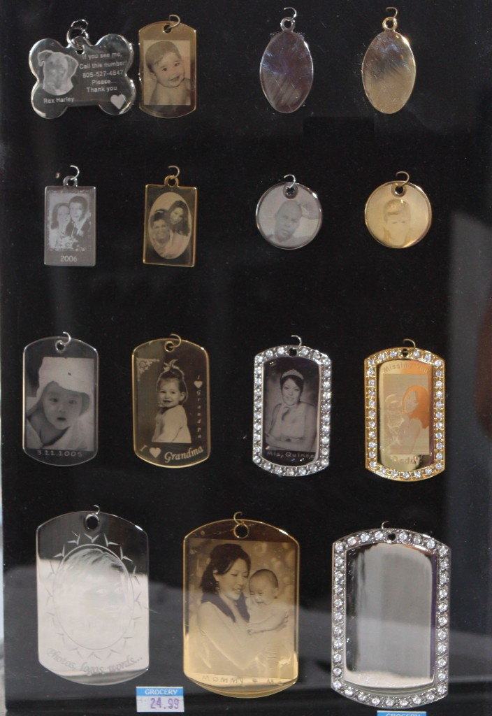custom photo engraved necklace pendant